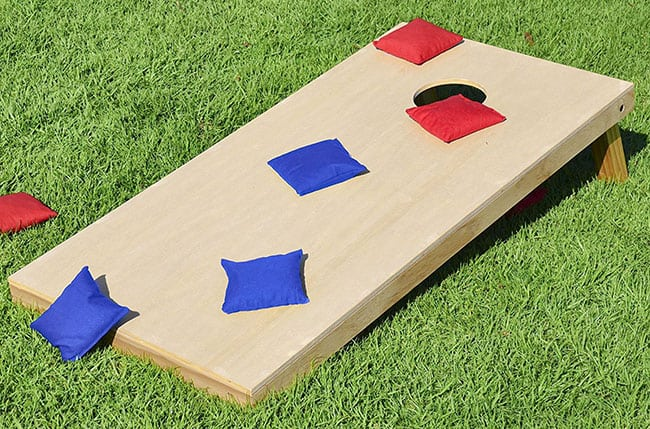 backyard games to play this summer -cornhole set