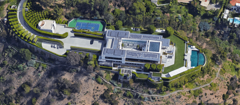 biggest houses in the world Pritzker Estate