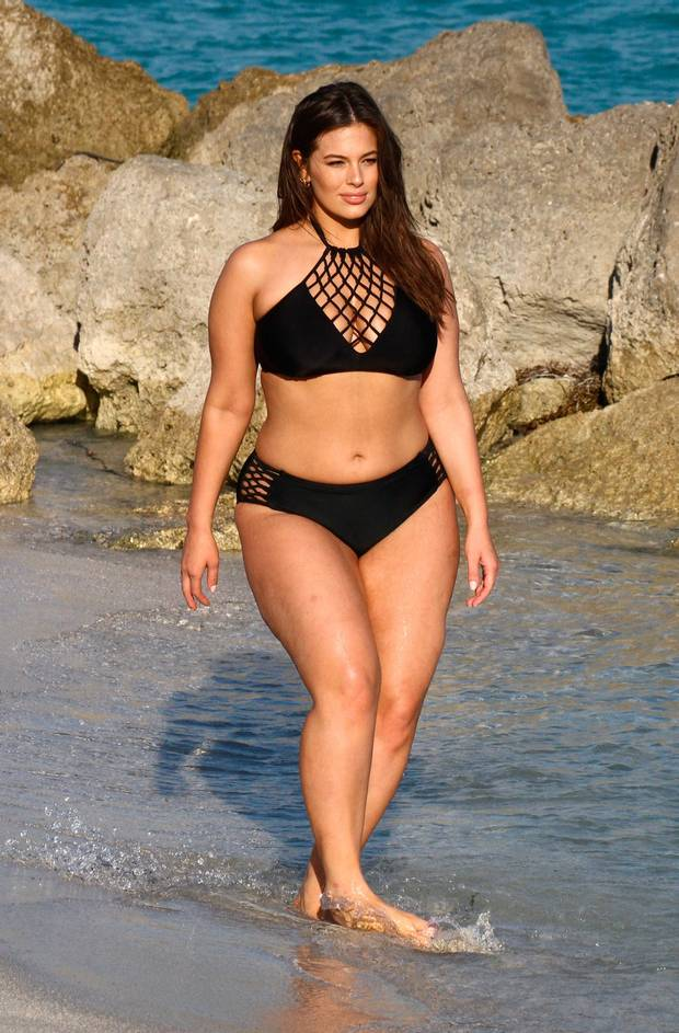 celeb bikini bod Ashley Graham