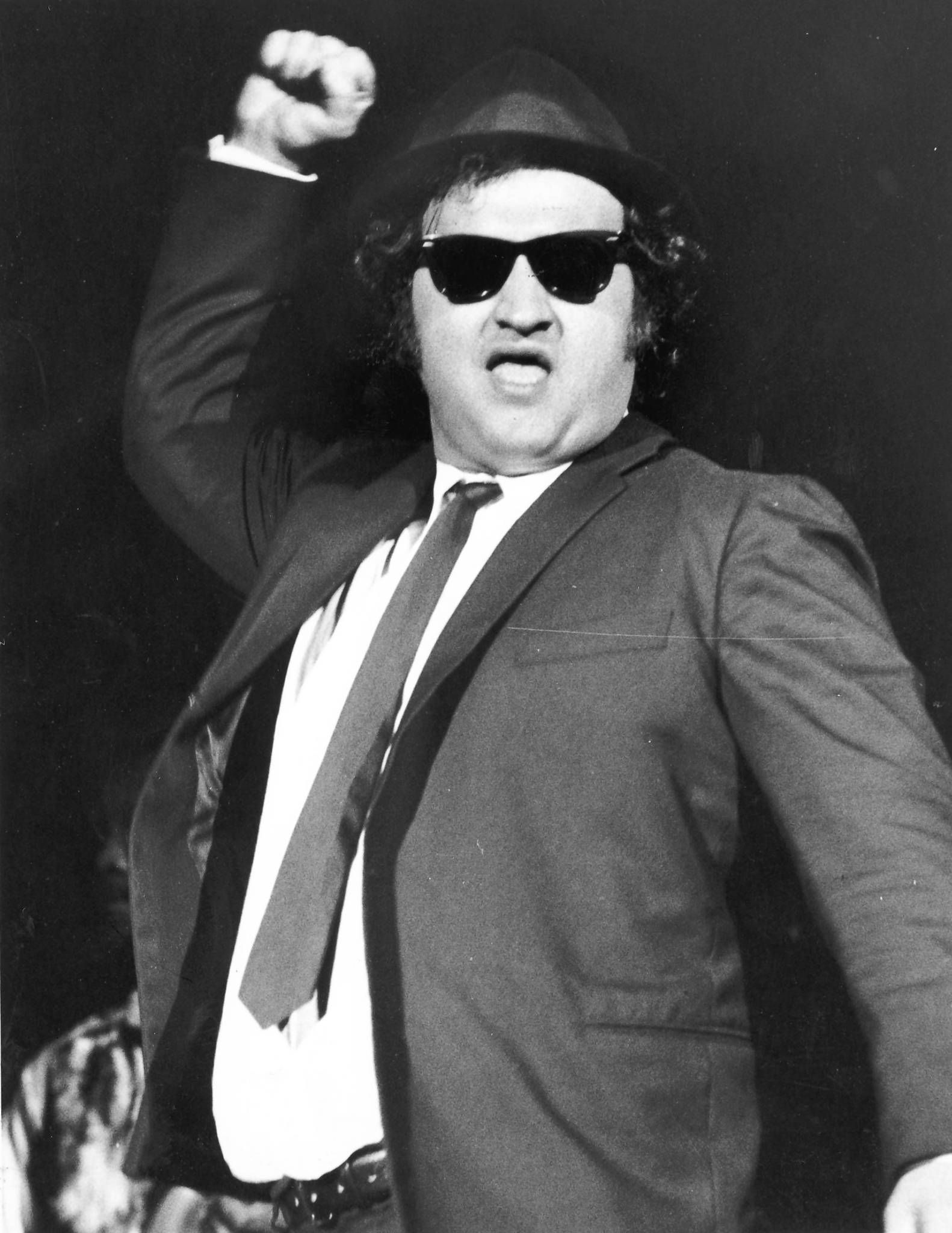 celebrities who died young John Belushi