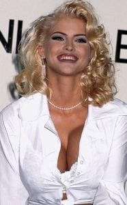 celebrities who died young Anna Nicole Smith