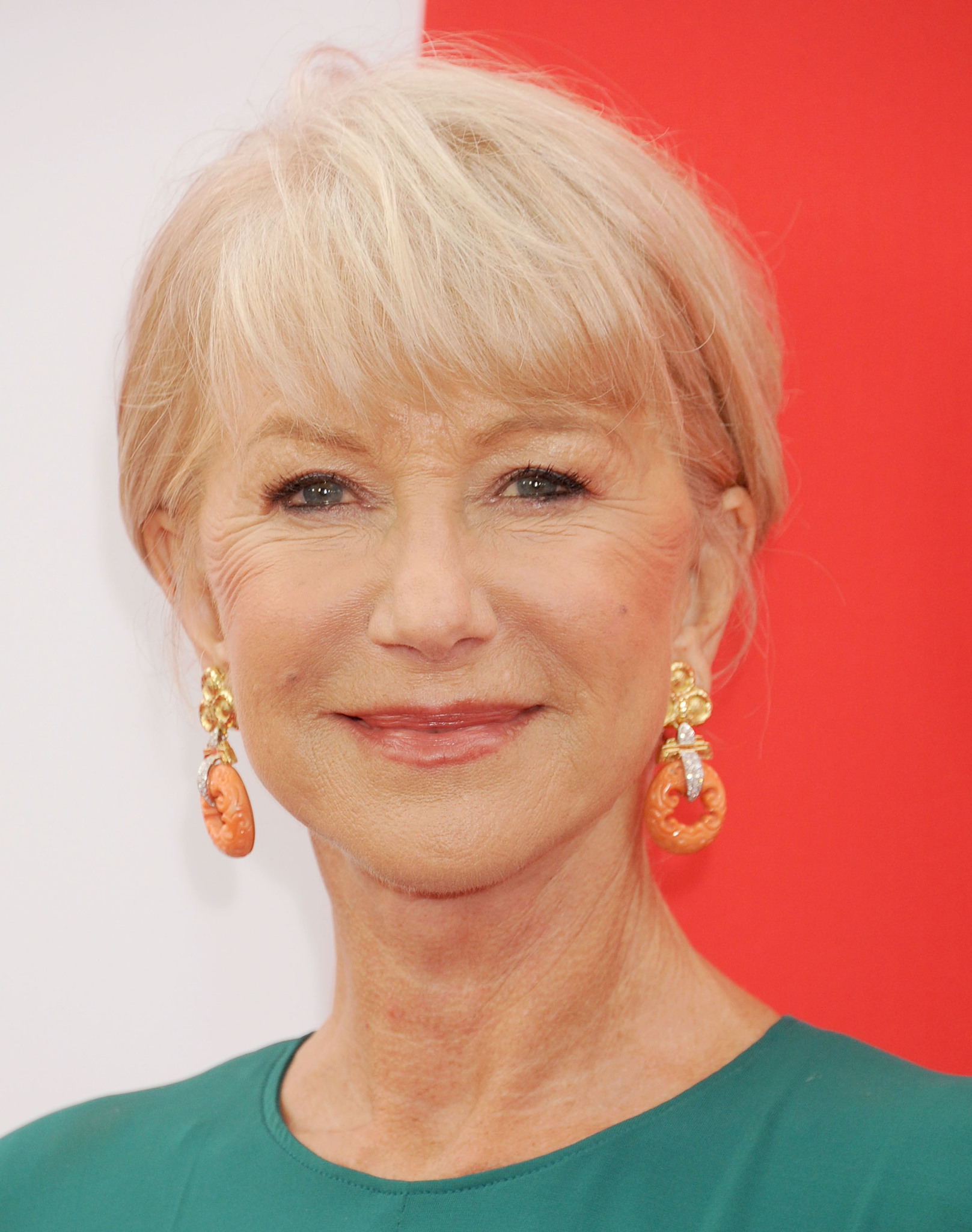 Helen mirren hot older celebrities