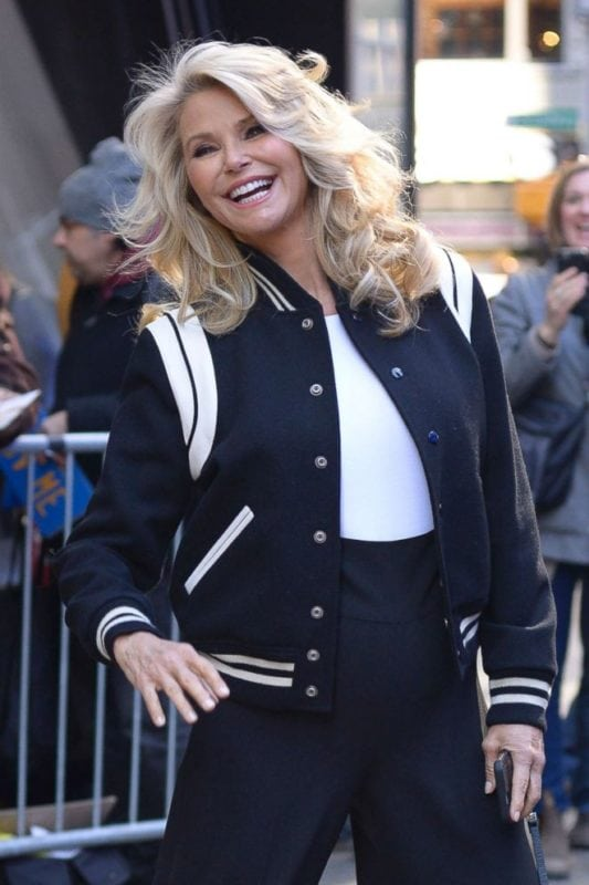 hot older celebrities christie brinkley