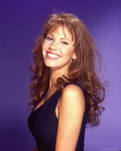 Nikki Cox before surgery and before joing the ranks of unrecognizable famous people