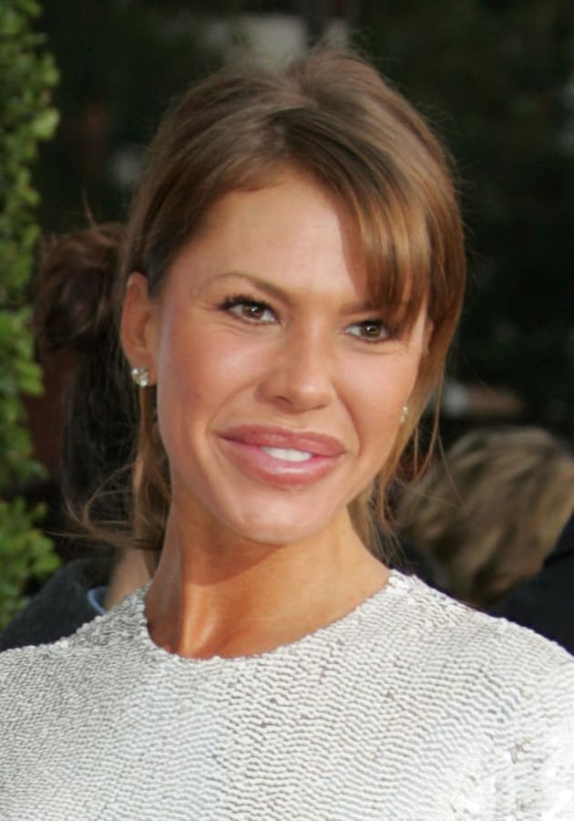 Nikki Cox is among the unrecognizable famous people