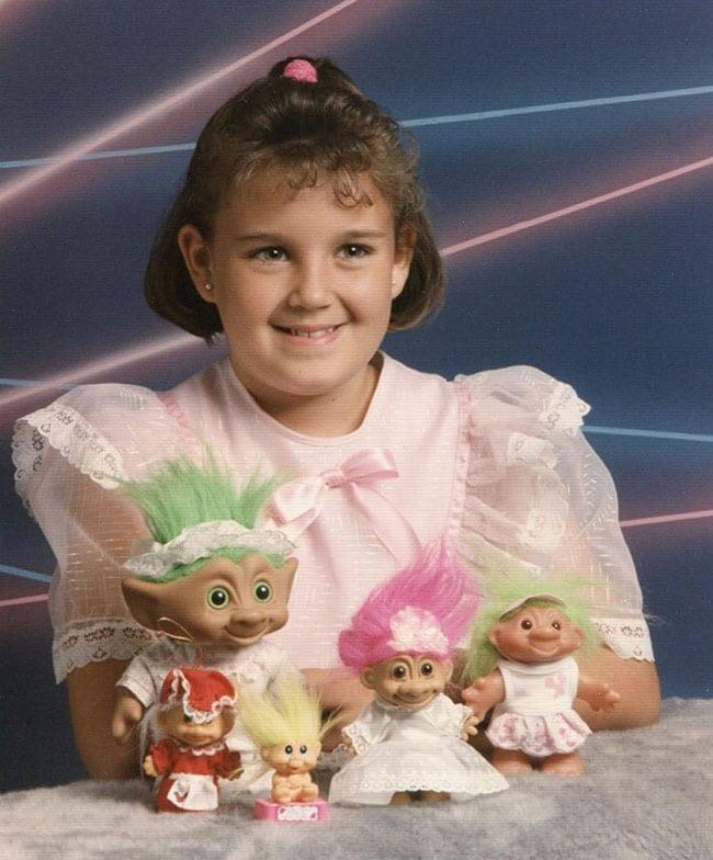 awkward school photos | girl with trolls
