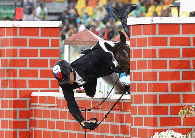 funny sports photos | equestrian fail