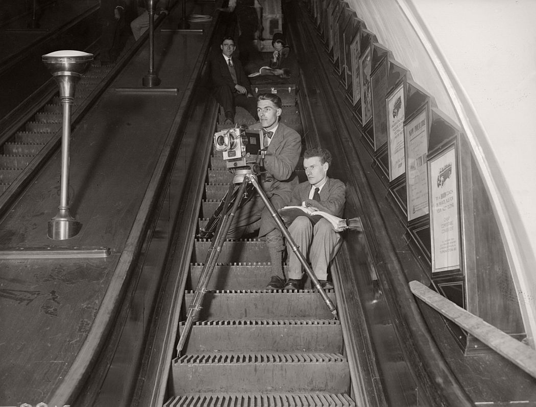 history facts London's First Escalator