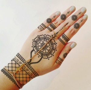 temporary tattoos - henna