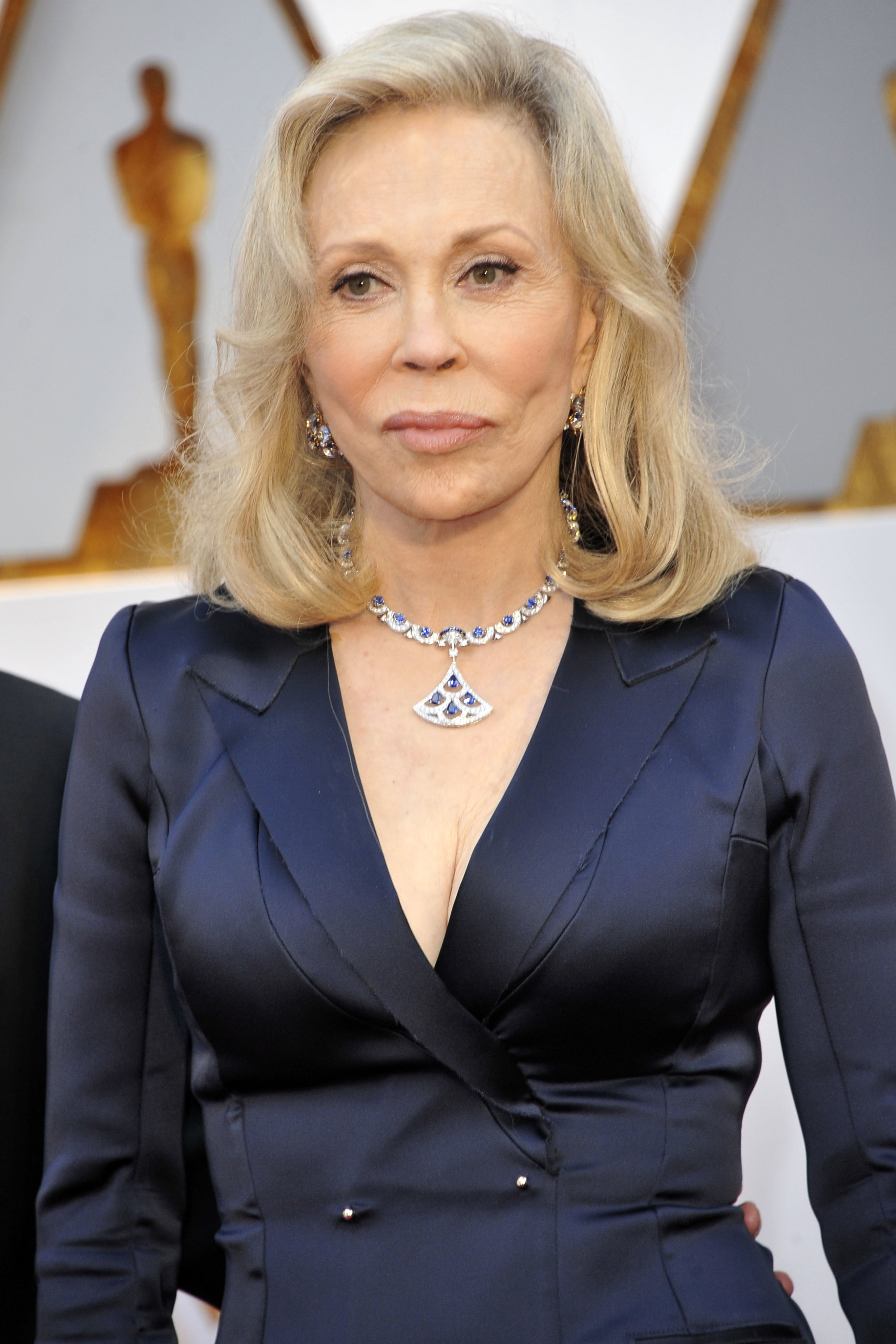 unrecognizable famous people faye dunaway after