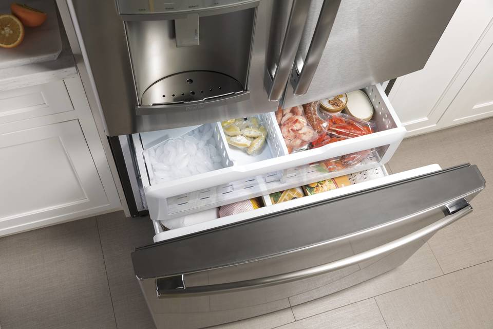 what refrigerator has the best icemaker | lower freezer drawers