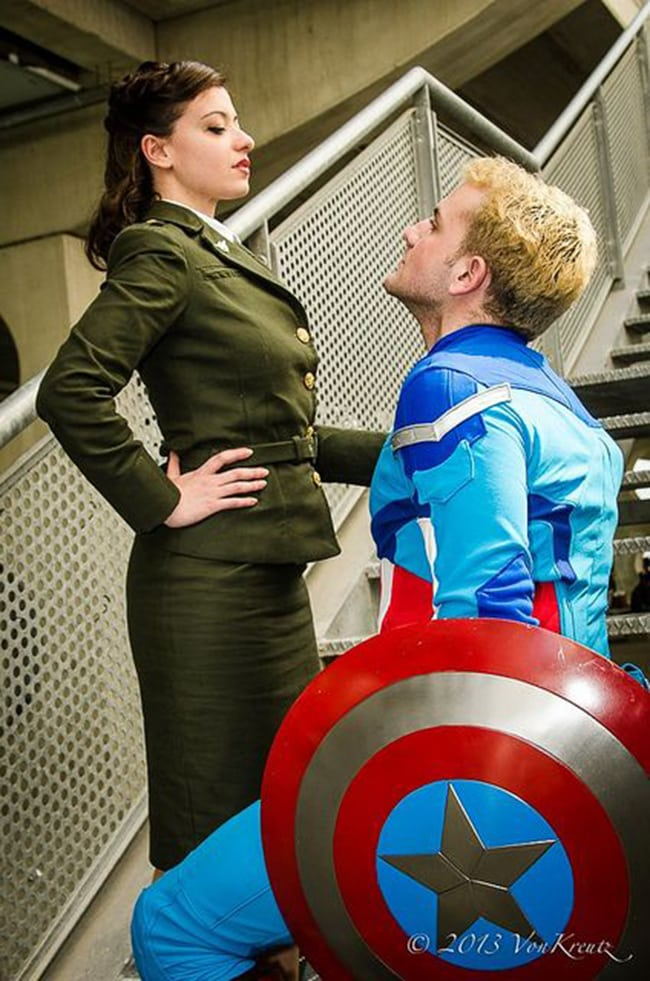 couple halloween costumes - peggy carter and captain america