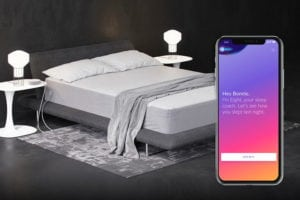 Eight mattress with mobile