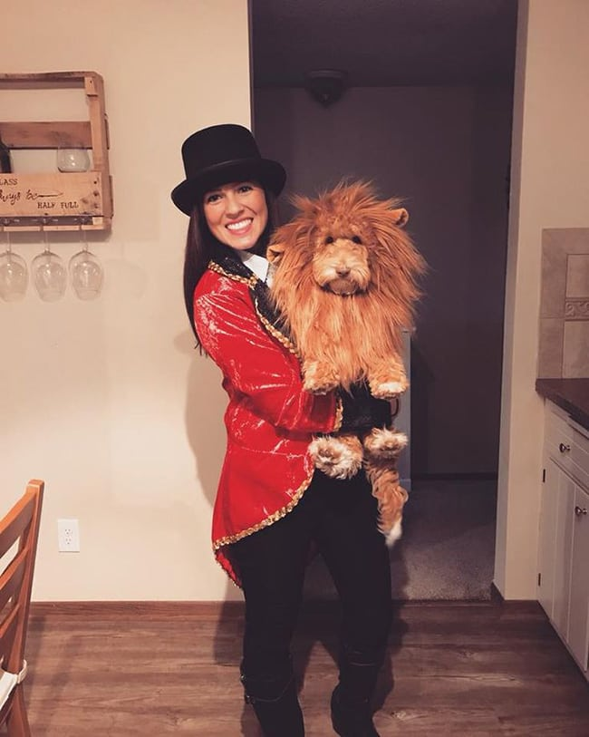 halloween costumes for owner and pets - lion tamer and lion