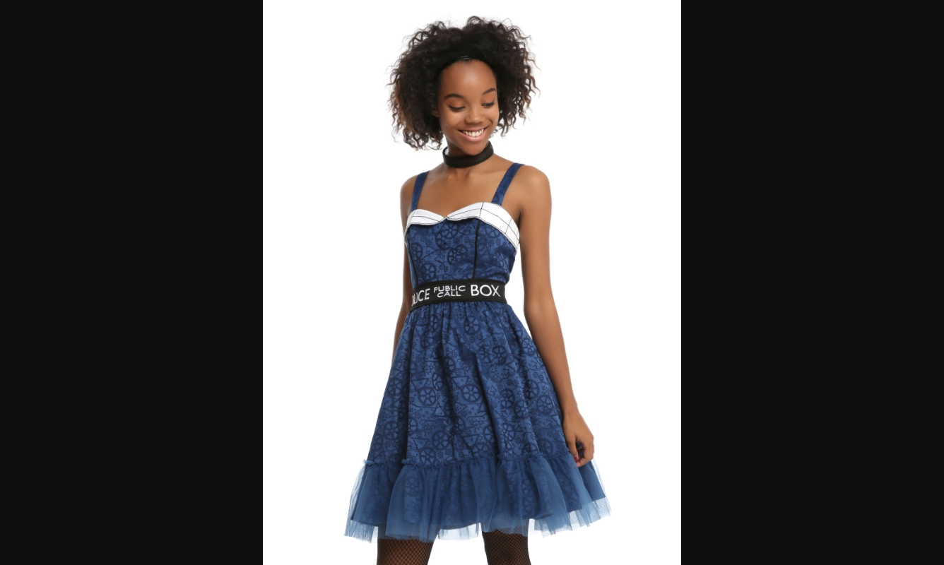 geek costume ideas Doctor Who TARDIS dress