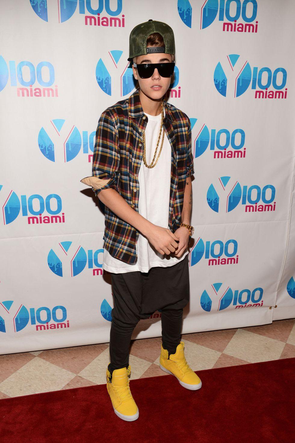 weird Justin Bieber outfits
