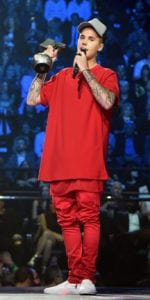 justin bieber outfits read
