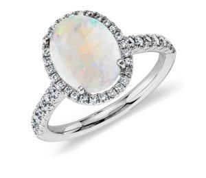 Alternative engagement rings: Opal