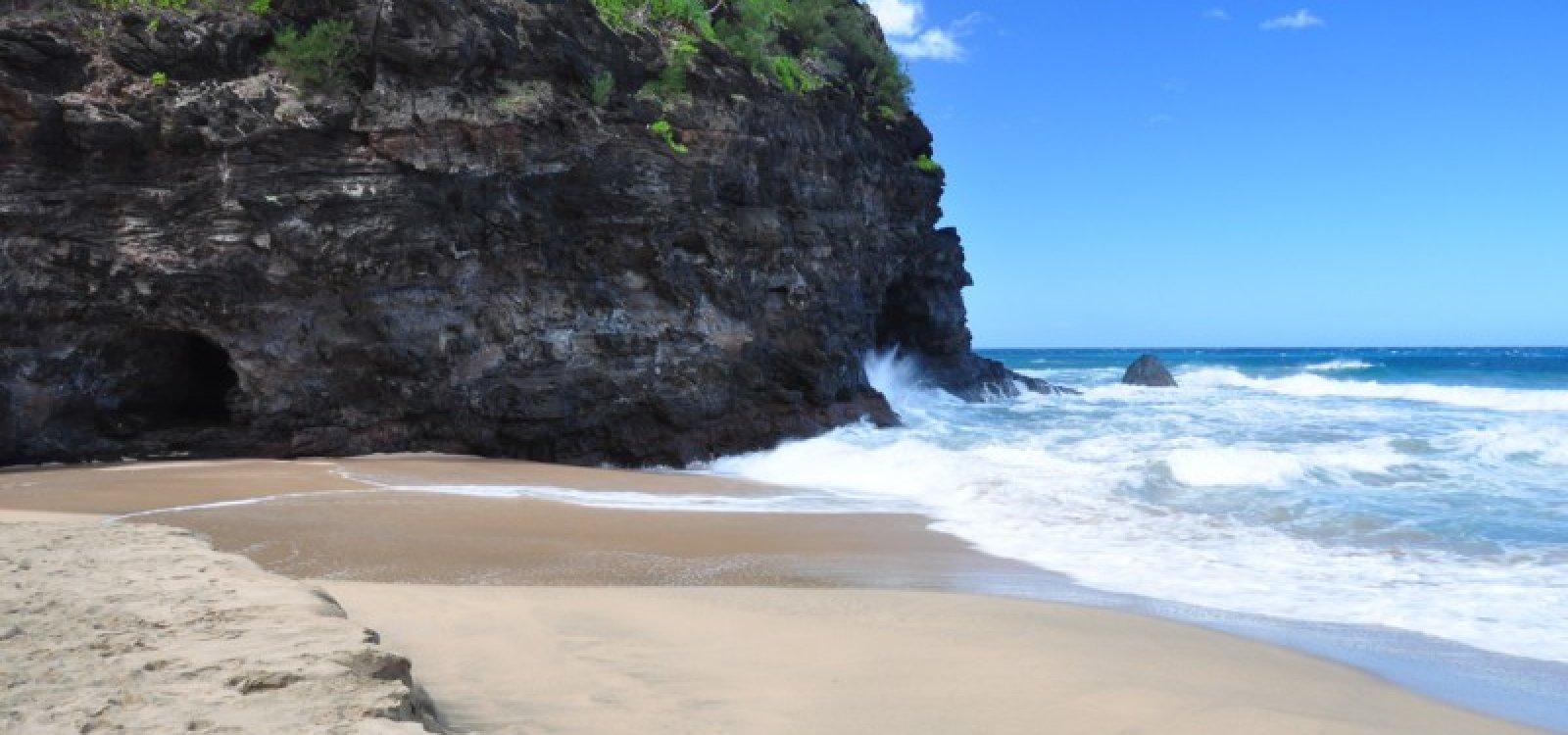 hanakapiai beach is a deadly beach