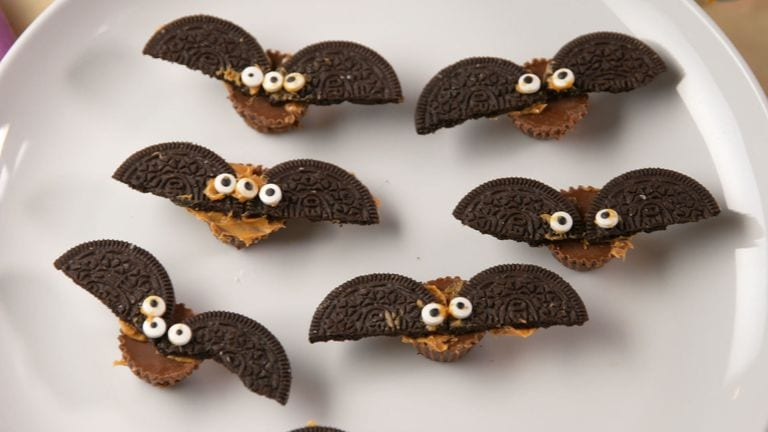Halloween dessert recipes: bats