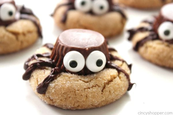 Halloween dessert recipes: spider cookies