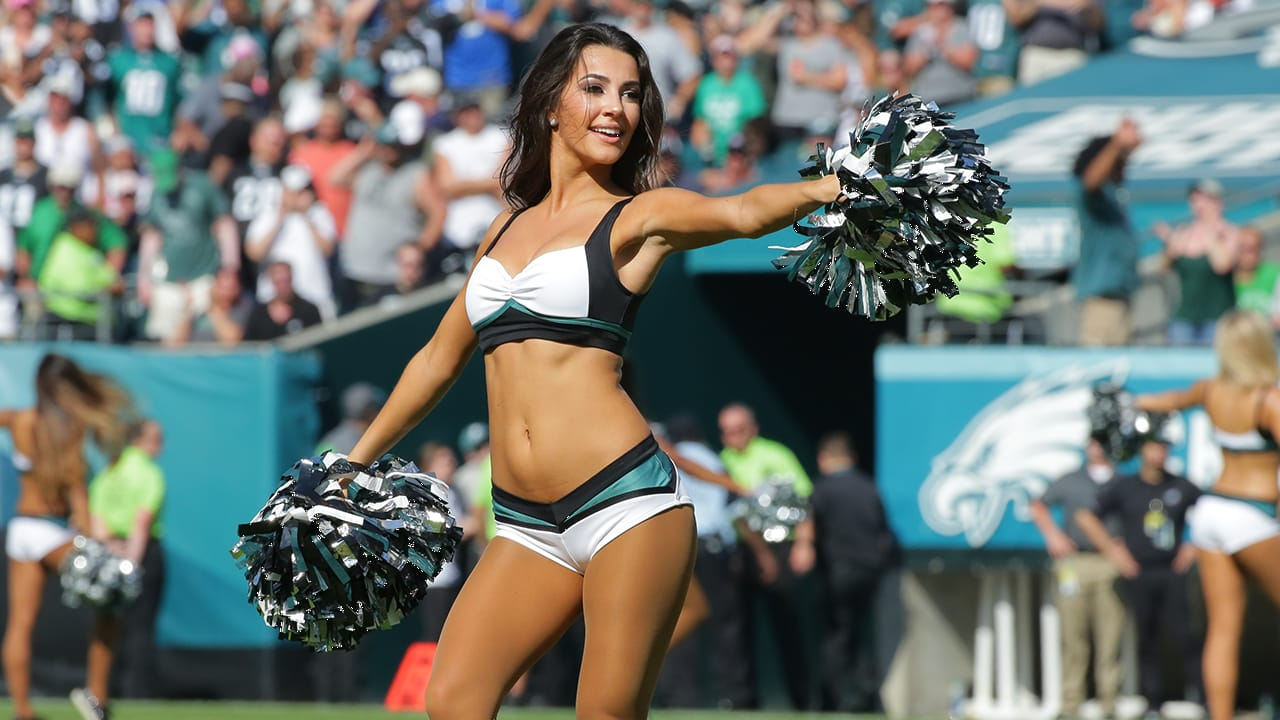 philadelphia eagles cheerleaders nfl cheerleader outfits