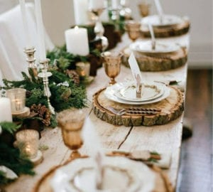 rustic-thanksgiving table decor wooden