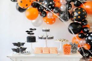 spooky diy halloween decorations balloons