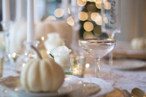 thanksgiving table decor keep it simple white