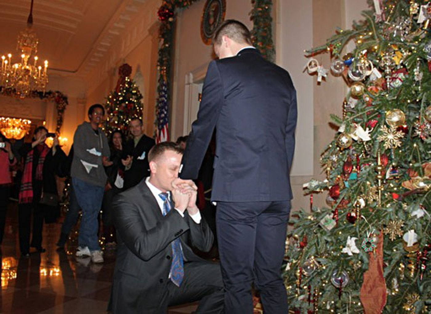 Marine Captain Matthew Phelps marriage proposal in the white house