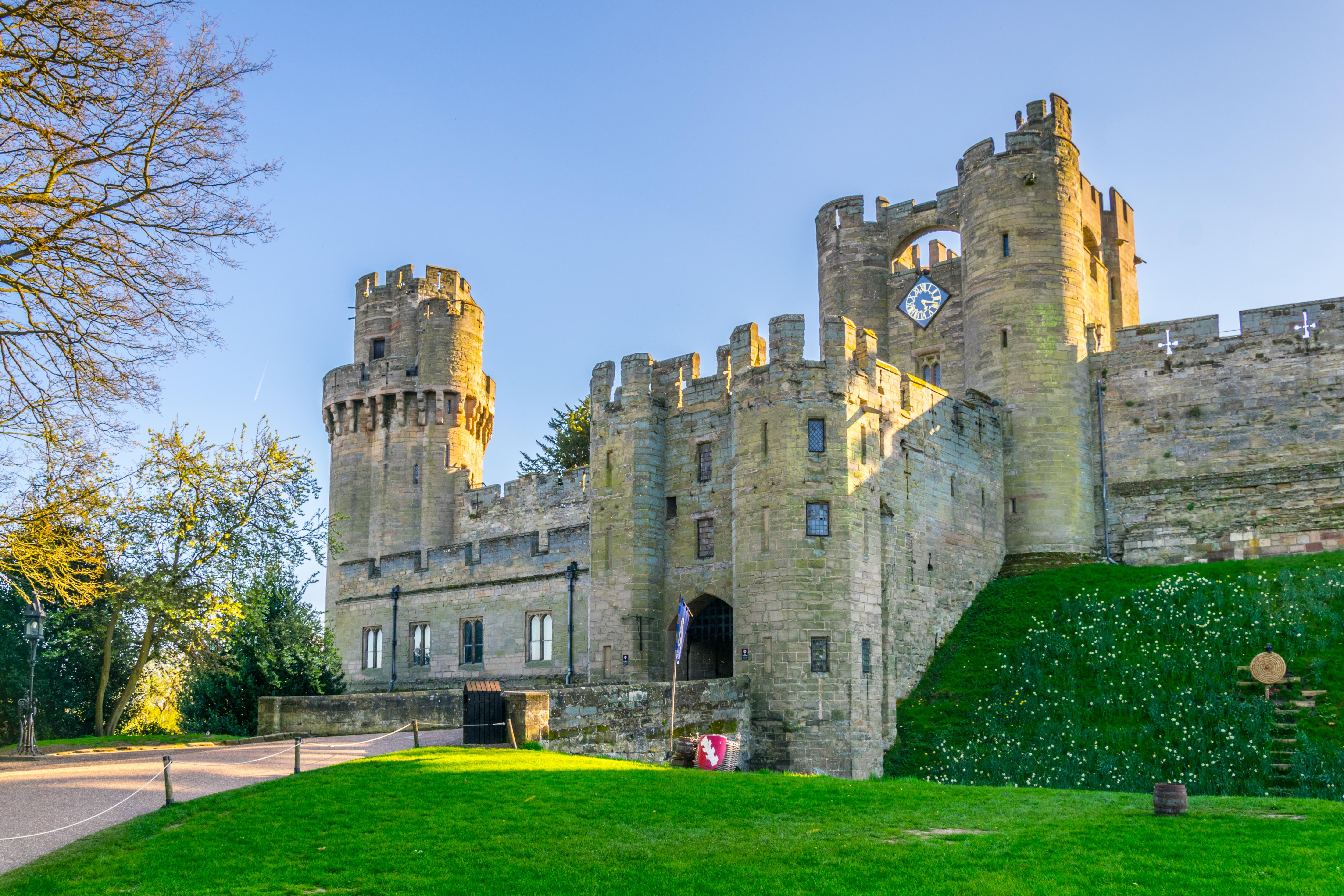most impressive castles warwick castle