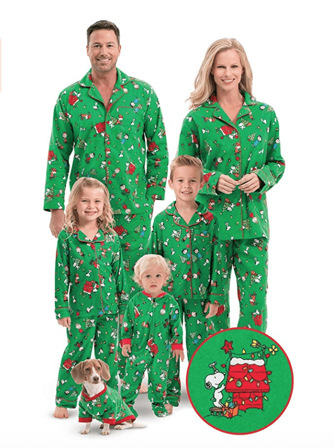 green snoppy family christmas pajamas