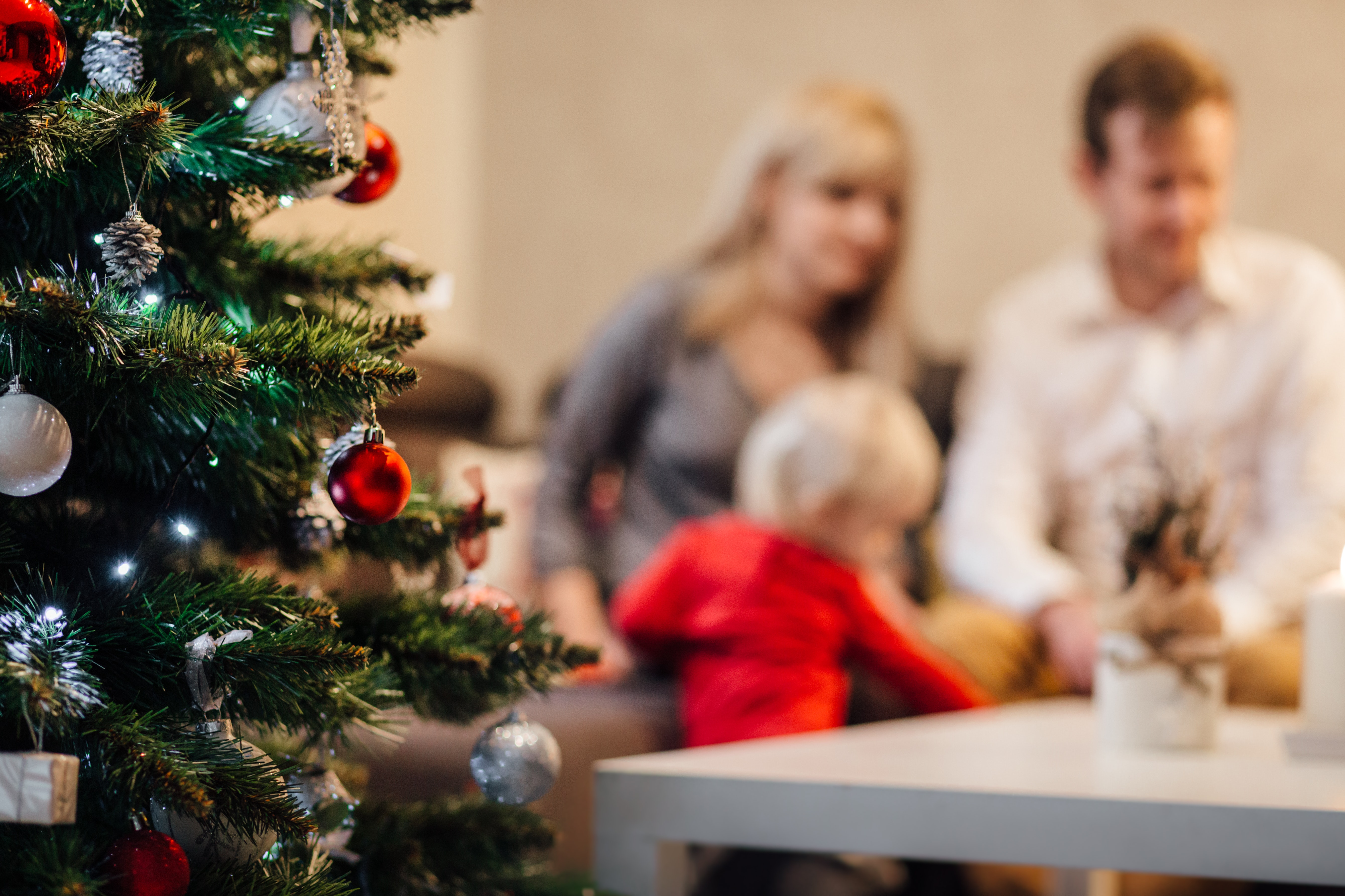 6 Ways to Support Grieving Friends and Family During the Holidays