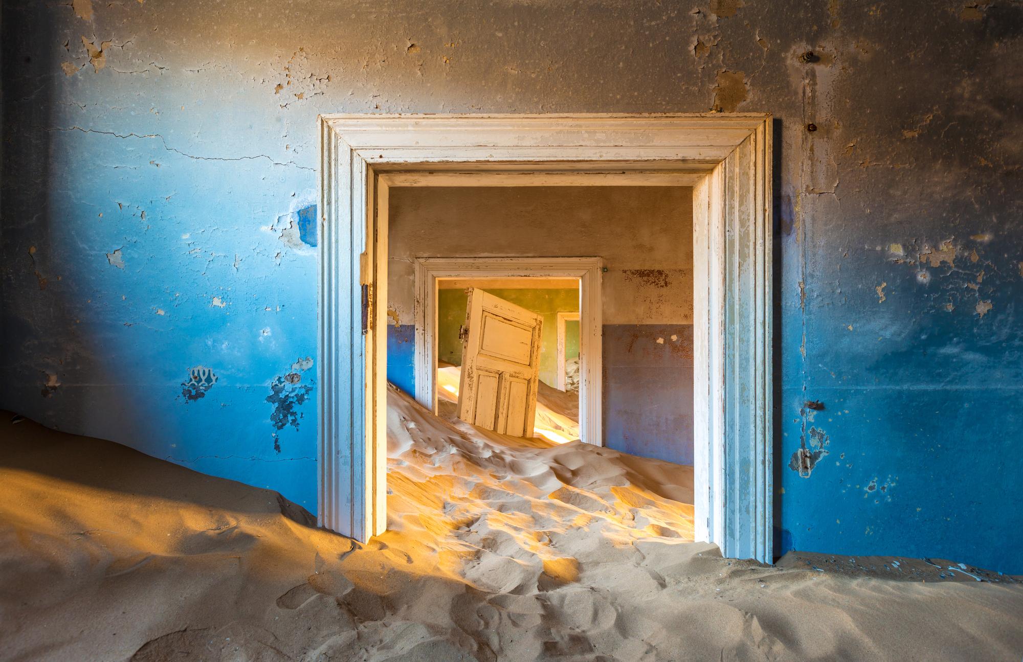 Kolmanskop ghost town Namibia Desert ghost towns
