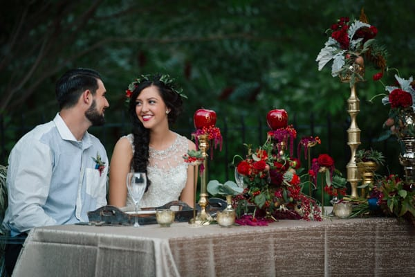 disney inspired weddings snow white themed