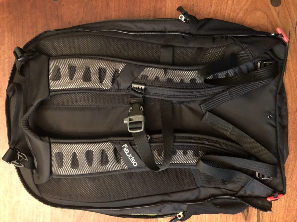 osprey ozone convertible daypack pockets
