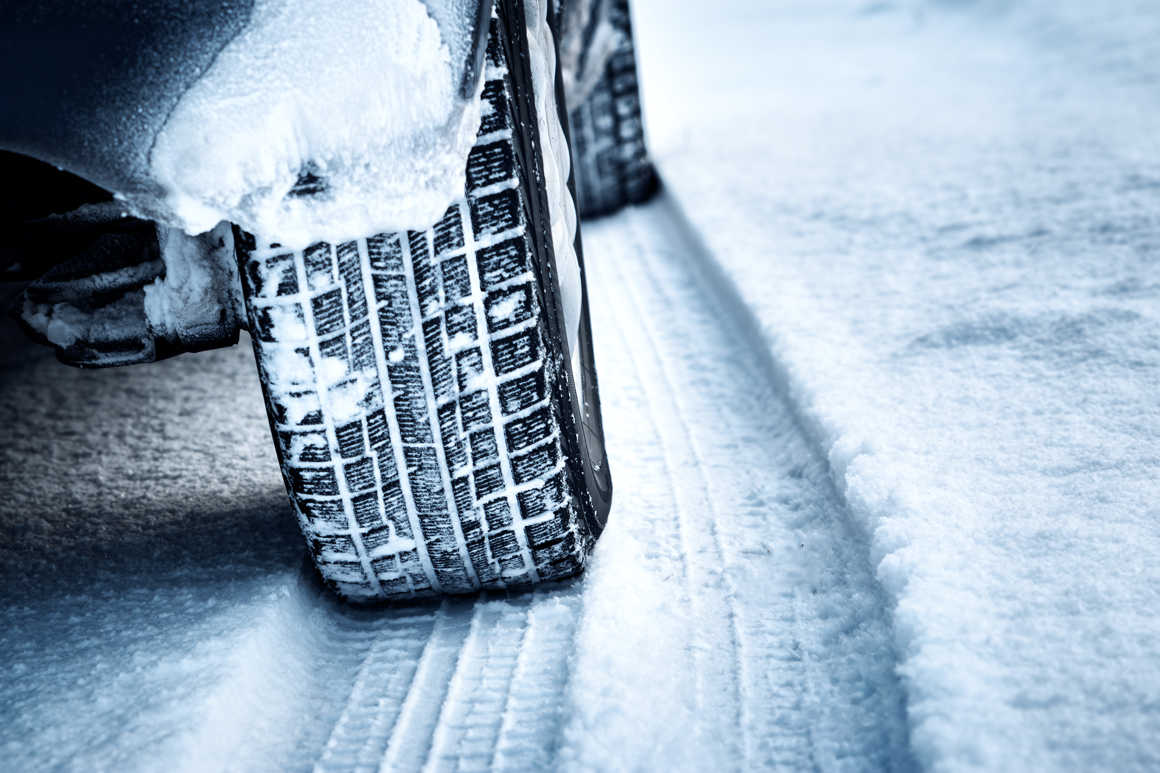 Best Tires for Driving in the Snow - Top 5 Snow Tires