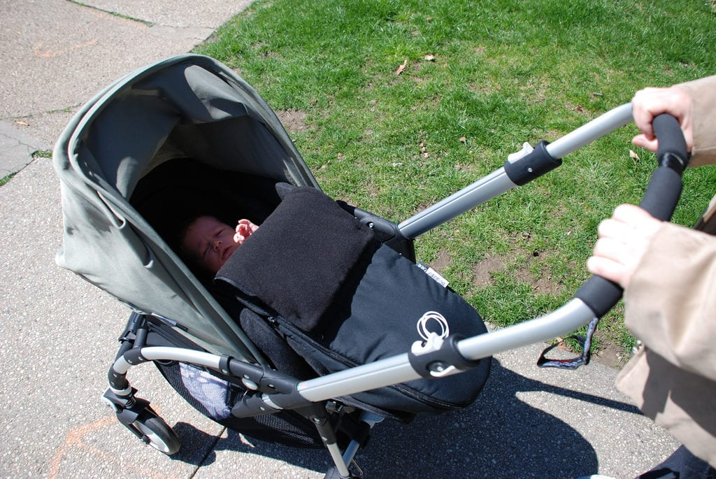 tips for traveling with kids strollers