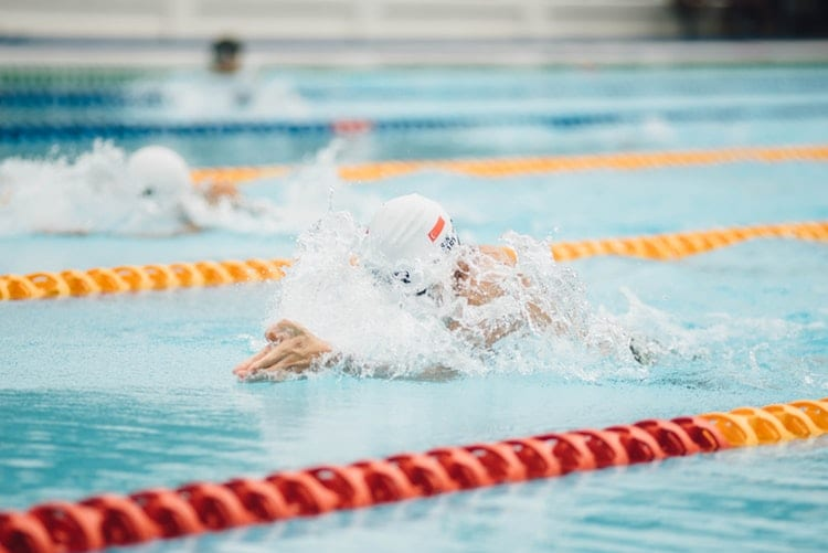 best cardio exercises for women; swimming