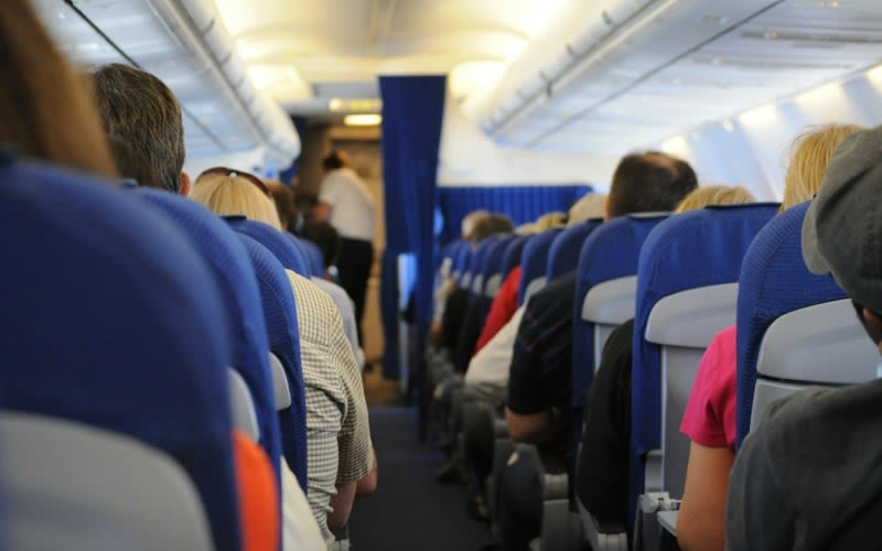 how to beat jet lag choose the right seat