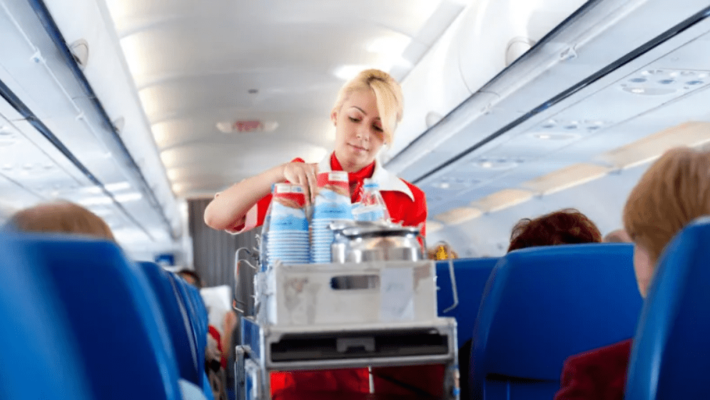 how to beat jet lag drink water