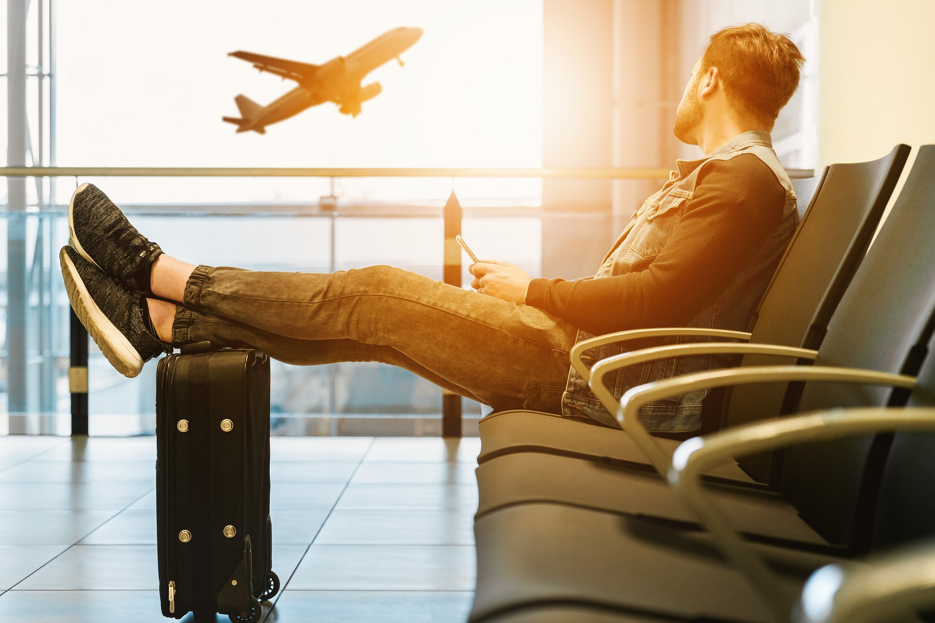 how to beat jet lag listen to your body
