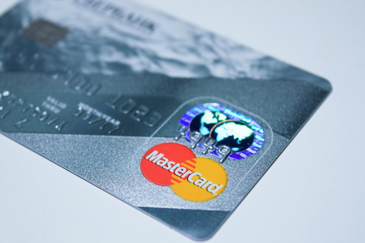 pay off your credit card with your tax refund money