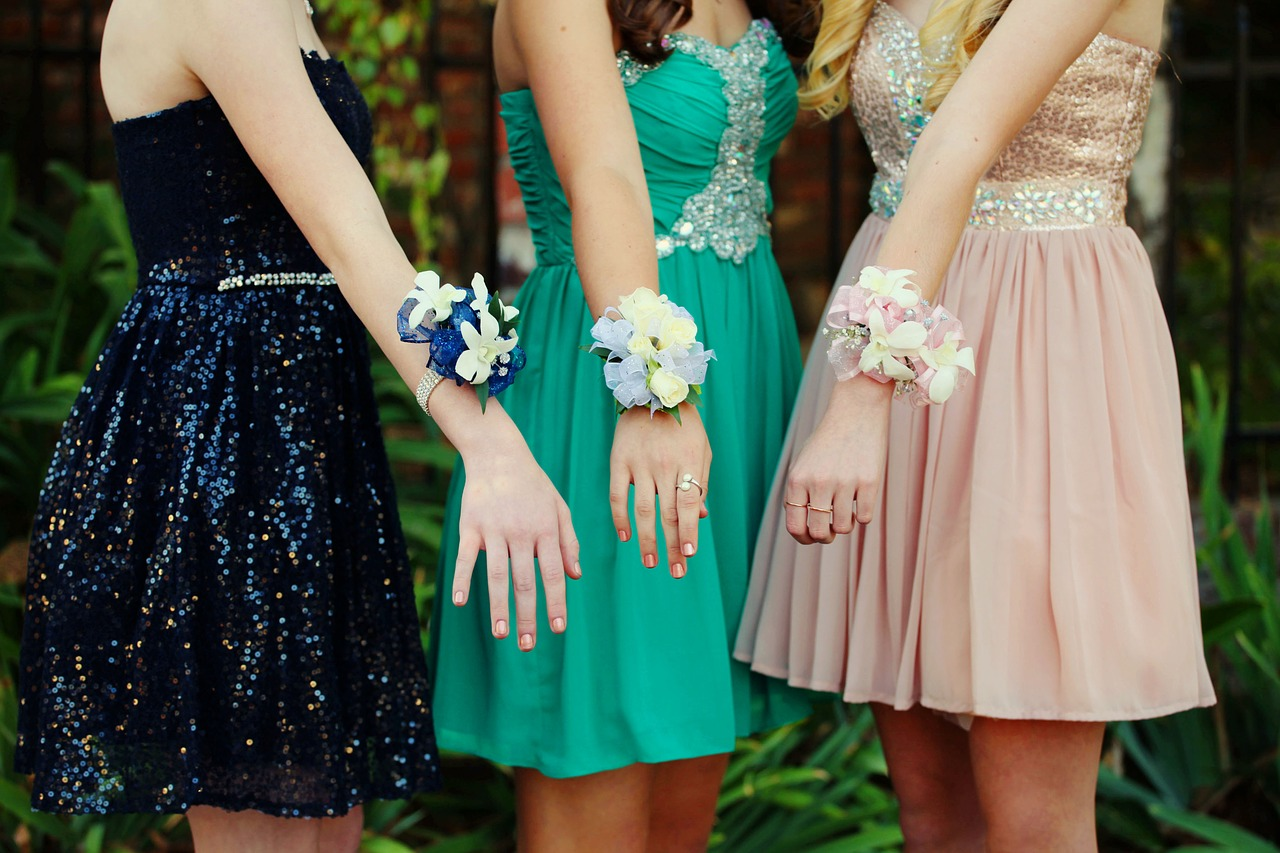 prom dresses and accessories