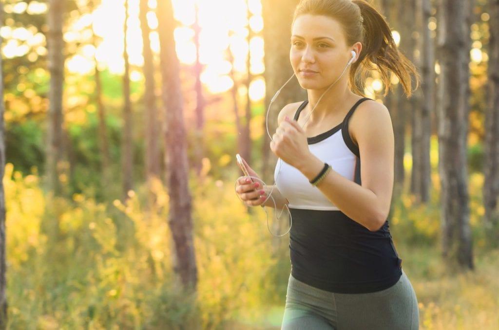 women running cardio
