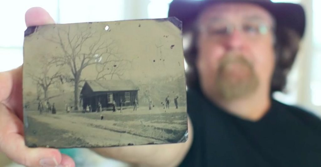 Man Buys $2 Photo In Antiques Shop, Closer Look Makes His Heart Drop