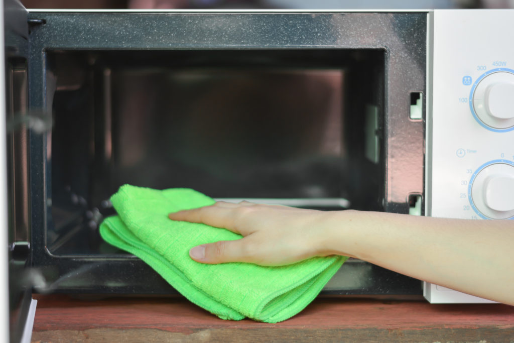 cleaning best countertop microwave