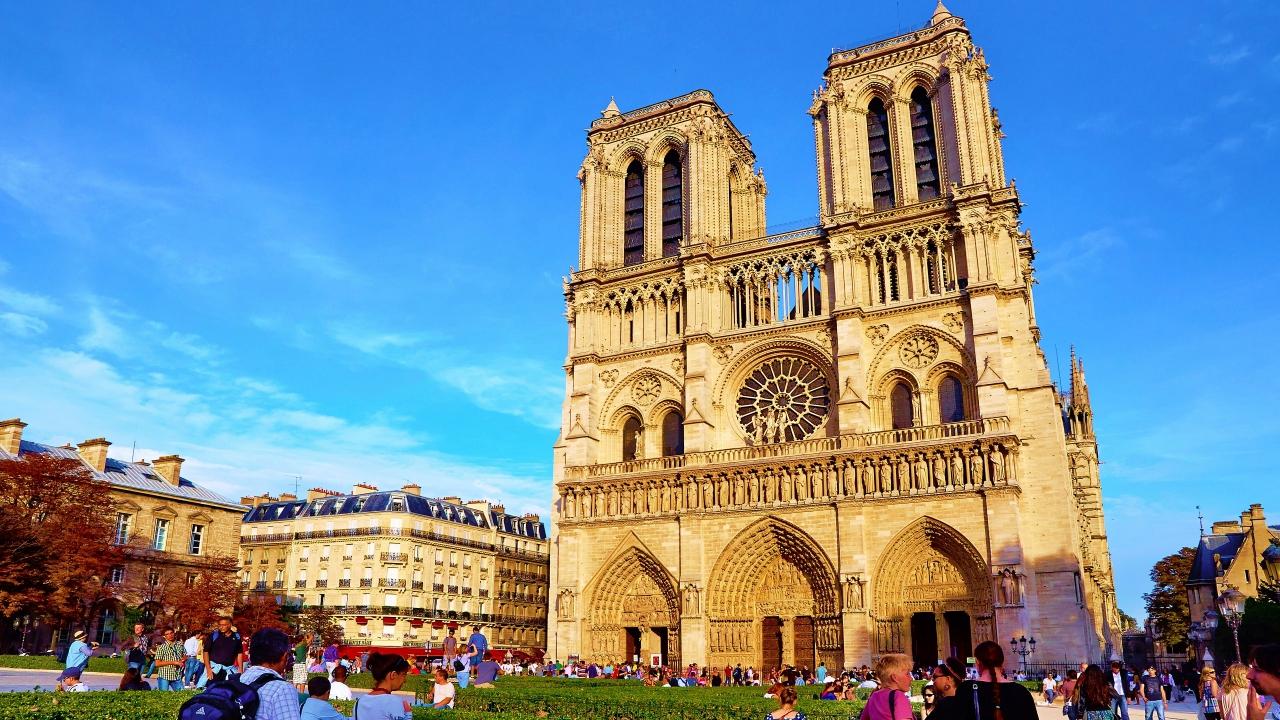 Notre Dame lavish buildings