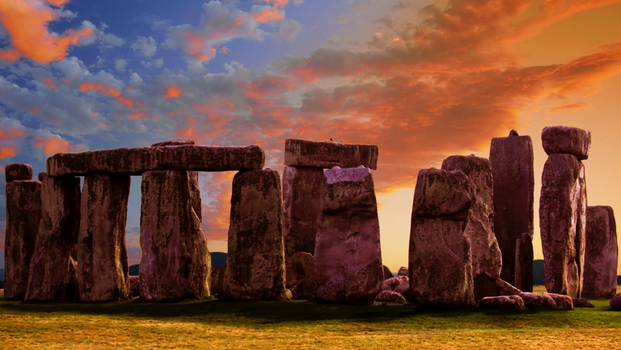 old things on Earth Stonehenge