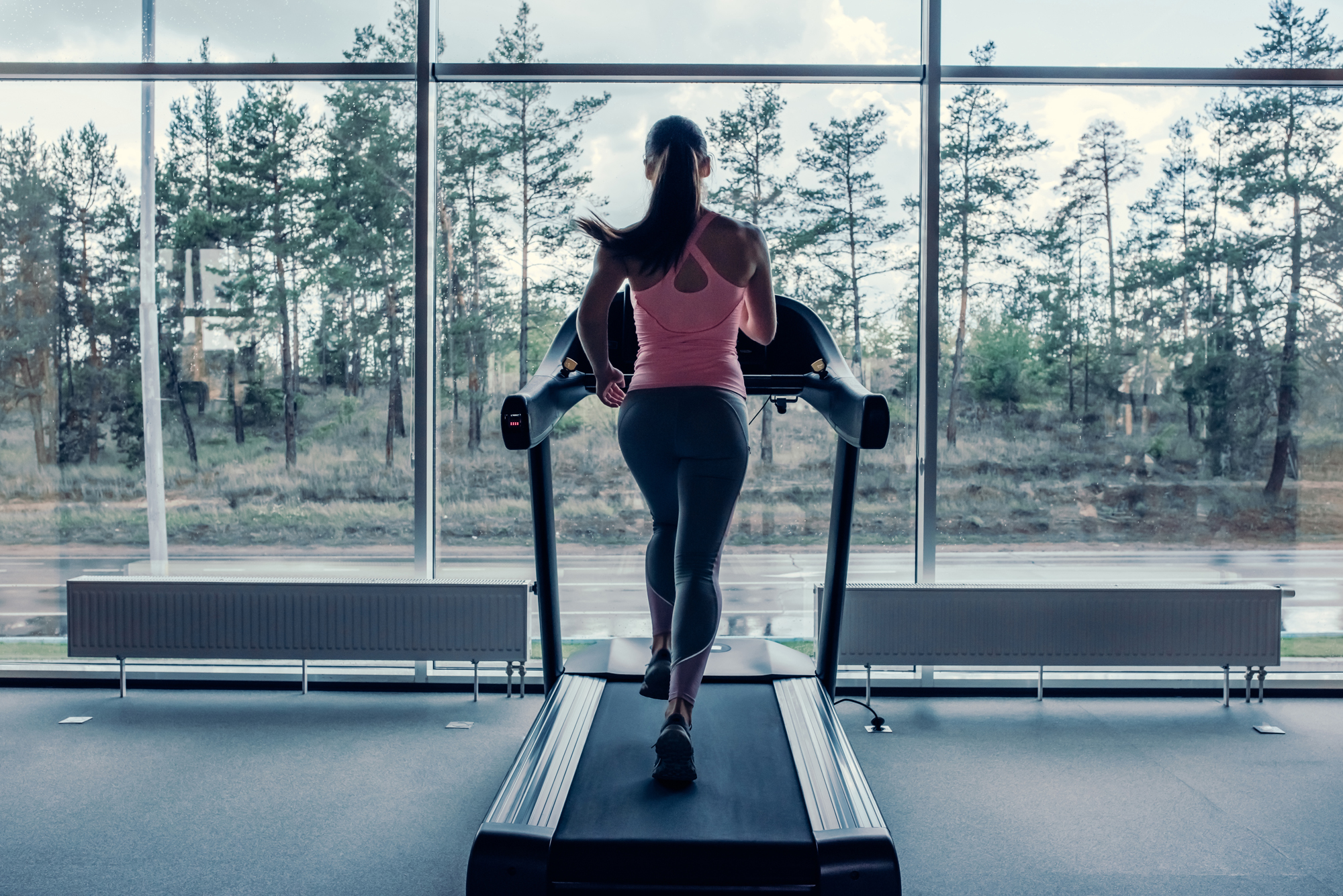 treadmill workout features